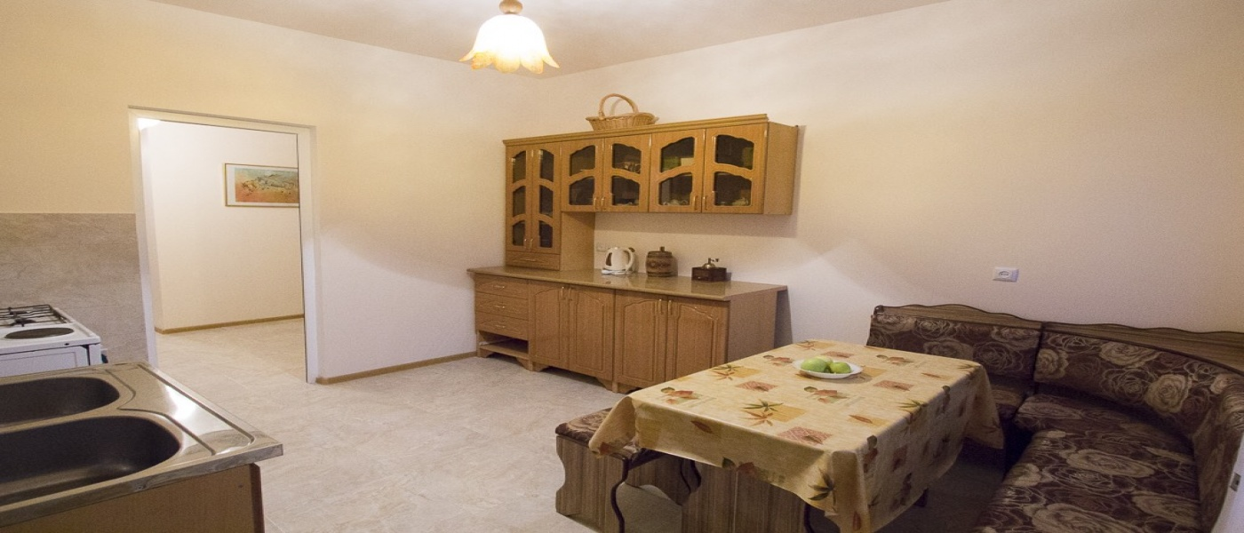 Tpagrichner, Yerevan, 2 Bedrooms Bedrooms, ,1 BathroomBathrooms,Apartment,For Sale,4,1007