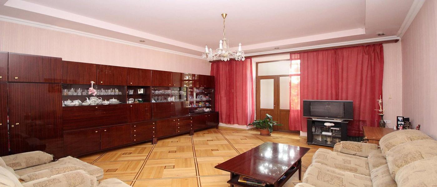 Tigran Mets, Yerevan, 3 Bedrooms Bedrooms, ,1 BathroomBathrooms,Apartment,For Sale,2,1009